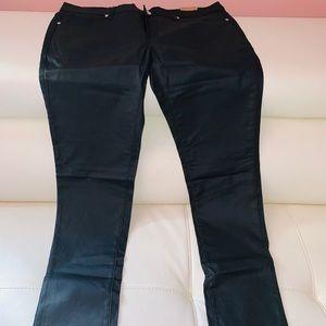 Denim - Black faux leather jeans